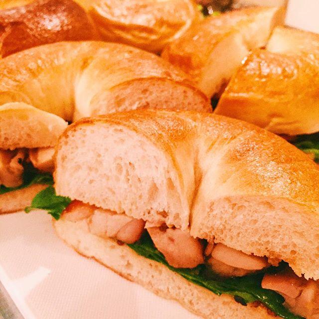 3月10日木曜日。今日のサンドイッチは、...