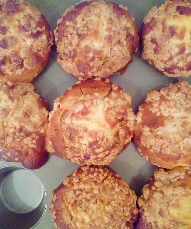 おはようございます雨上がりましたね。最近、置き傘が増える天気が多いですが頑張ってためないようにしますマフィン焼けました朝ご飯にいかがですか?お待ちしてます♪TINTO COFFEE 月ー金  9:00ー18:30土・祝 10:00ー18:30#coffee#coffeetime#coffeestand#tintocoffee#cake#cookie#お菓子#ケーキ#クッキー#マフィン#コーヒー#コーヒースタンド#渋谷#青山