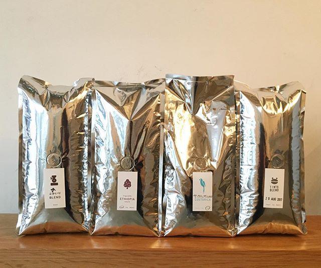 .テラコーヒーさんから、コーヒービーンズが入荷いたしました浅煎りのお豆が、コスタリカ。深煎りのお豆が、エチオピアとなっています。豆売りも可能です。是非、飲みにいらして下さいね!...#coffee#coffeeshop#coffeestand#coffeetime#コーヒー#コーヒースタンド#コーヒービーンズ#テラコーヒー#渋谷#青山
