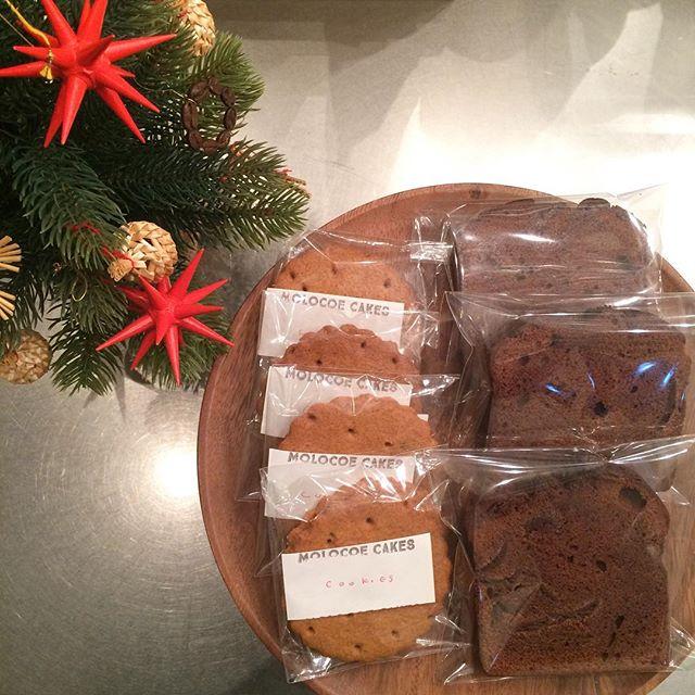 MOLOCOE CAKESさん到着してます ・ウィスキーとチョコレートのパウンドケーキ????・ジンジャーブレッドクッキーです人気のビクトリアケーキは完売していまいました。今年最後のMOLOCOEさんなのでぜひ食べてみてください