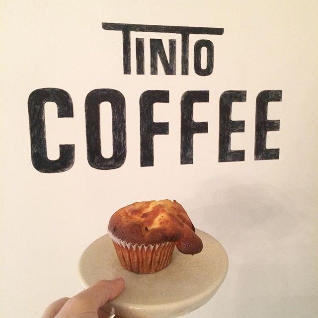 今年最後のマフィンはマーマレードクリームチーズですスープはサツマイモです今日は風が冷たくて寒いので風邪引かないようにお気をつけくださいね🤧#渋谷#表参道#青山#コーヒー#コーヒースタンド#coffee#coffeestand#coffeeshop#cookies#shortbreadcookie #cake
