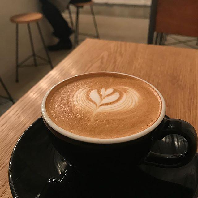 【2/24(土)は貸し切り営業となります】TINTO COFFEEはお休みになりますが、レコールバンタン バリスタ学部の学生さんが営業する1日限定コーヒースタンドに変身します。お豆はAMAMERIAさんのオリジナルブレンドだそうです。どんなブレンドなのか気になります!ぜひ足を運んでみてくださいね!
