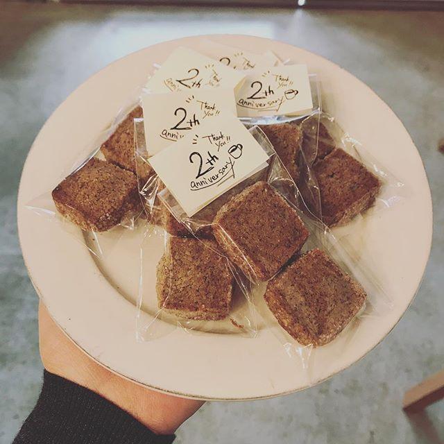 本日よりTINTO COFFEEは3年目に入りました!みなさまへの感謝を込めて、クッキーを焼きました。1日限定でお配りいたします。ぜひお店にいらしてくださいね!#tintocoffee #coffee #cookie #渋谷 #coffeestand