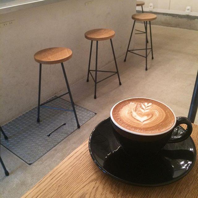 おはようございます♪今日もOPENしてます︎カフェラテでものんでゆったりまったりしませんか︎︎? #tintocoffee #渋谷#表参道#青山#焼き菓子#コーヒー#カフェラテ