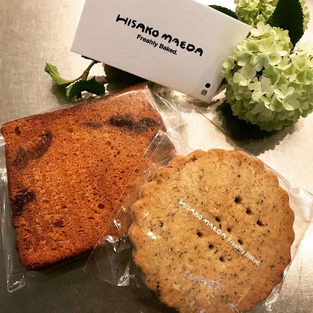 MOLOCOECAKESさん改め、HISAKO MAEDAさんのお菓子届いています! ●キャラメルアプリコットケーキ●アールグレイショートブレッド(ビクトリアケーキは好評につき、売り切れとなりました)ぜひ店頭で、コーヒーと一緒にお召し上がりください!