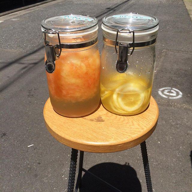 こんにちは︎ 今日も暑いですね隠れた人気者の自家製シロップジュースは二種類あります︎スッキリ炭酸割りはいかがですか?#TINTOCOFFEE#coffee#cookies#cake#渋谷#表参道#青山#シロップジュース