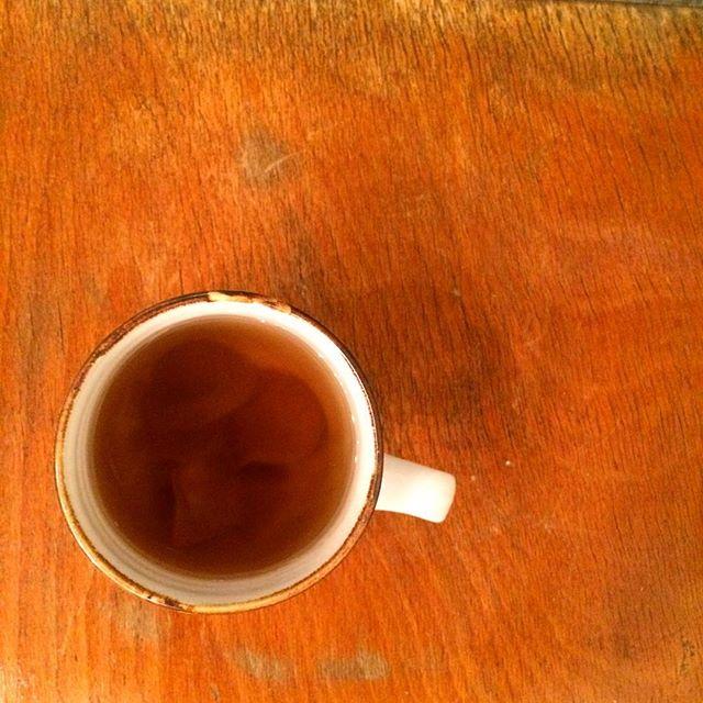 【スパイスジンジャーシロップ】寒くなり始めたこの季節にお湯割りにしてポカポカしませんか︎?ソーダ割りでジンジャエールにもなります♪#TINTOCOFFEE#coffee#cake#cookies#コーヒー#ケーキ#クッキー#渋谷#表参道#青山#渋谷コーヒー#ケーキ#サンドイッチ#レモンシロップ#ジンジャーシロップ