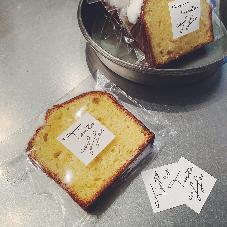 レモンケーキお出ししてます!ぽってりしたアイシンク...